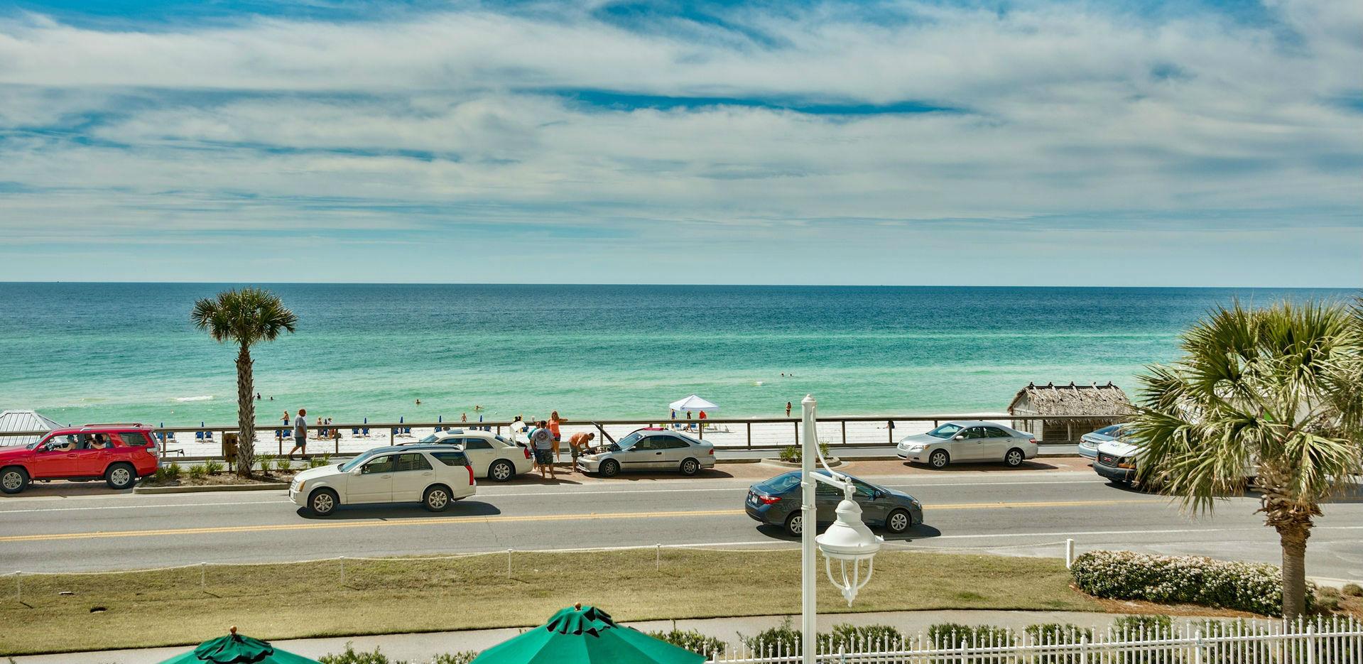 Majestic Sun Condo Rentals: Miramar Beach Resort
